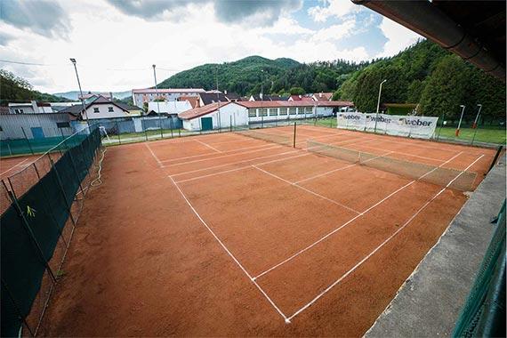570-380-tenisove-kurty-hotel-daro